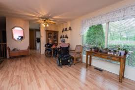 Dining Room  Spinal Cord Injury Saskatchewan - Dining room area