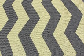 Outdoor Rv Rugs by Amazon Com Rv Mat Patio Rug Chevron Pattern 9x12 Tan Charcoal