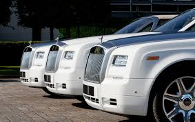 roll royce phantom white rolls royce unveils three bespoke phantom drophead coupes
