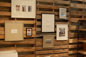 using wood diy wood pallet wall