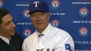 Jordan Banister Jeff Banister Introduced As Rangers Manager Mlb Com