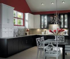 kitchen cabinets what color table dreaming of a tuxedo kitchen make it a reality with these