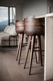 tabouret cuisine bois comment adopter le tabouret de bar dans l intérieur moderne