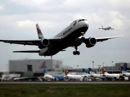 Tiny Planes Three Planes Narrowly Avoid Colliding With Drones Over Heathrow