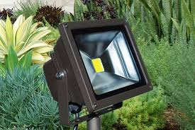 Landscaping Flood Lights Small 120v Landscape Lighting For Outdoor Area Home Design Ideas
