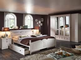 Schlafzimmerschrank Pinie Massiv Funvit Com Wohnzimmer Schwarz Weiss