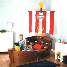 decoration chambre pirate chambre pirate alinea est e dressing penries with with pirate