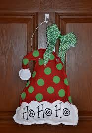 santa hat burlap door hangers by jolliscreations on etsy wreaths