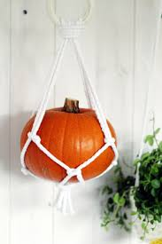 Macrame Home Decor by 20 Halloween Decor Ideas That Are So Simple It U0027s Scary