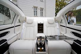 inside maybach 2012 maybach landaulet information and photos zombiedrive