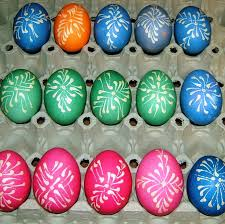 Easter Egg Decorating Ideas Bee by Easter Eggs Using A Wax Resist Method Luzine Happel