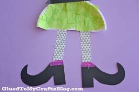 paper plate witch kid craft