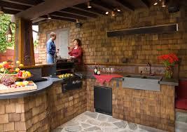 outdoor kitchen decor