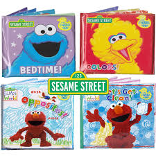 amazon com sesame street bath time bubble books featuring the
