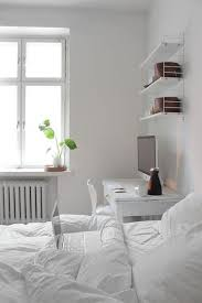 How Should I Design My Bedroom How Should I Decorate My Small Bedroom Or Medium Sized Bedroom
