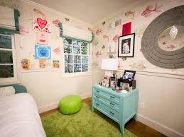 a tween u0027s underwater themed bedroom hgtv
