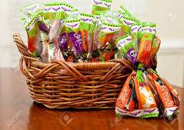 where to buy cheap halloween candy cute diy mini halloween candy basket for trick or treating best
