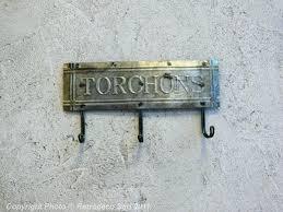 accroche torchons cuisine porte torchon cuisine mural porte torchon cuisine mural etagare a