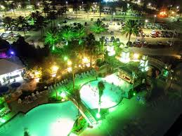 file the moody gardens hotel pool at night 6 10 jpg wikimedia