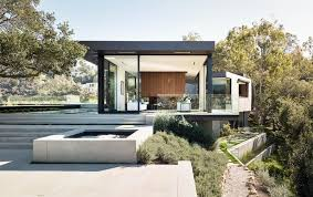 Glass And Concrete House by A Home Of Glass And Concrete With Canyon Views Beverly Hills Ca