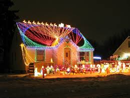christmas light decorations family strings 31 miles worth of led