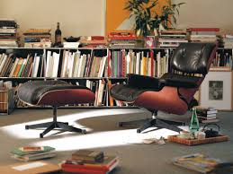 buy the vitra eames lounge chair u0026 ottoman at nest co uk