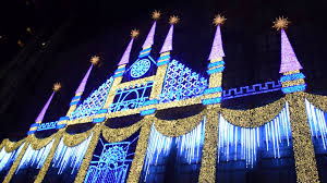christmas light show 2016 christmas light show at rockefeller center on the saks building in