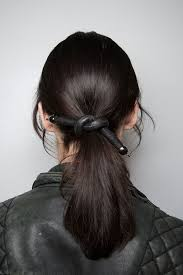 cool hair accessories 9 cool ways to wear hair accessories in fall 2015 operandi moda