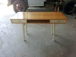 my desk has no drawers yuta desk