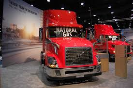 new vnl volvo trucks usa life road us volvo trucks america couple lives the good life on