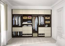 dressing de chambre idee dressing chambre avec salle de bain ouverte sur dressing idees