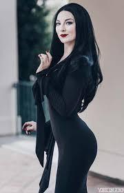 Morticia Addams Halloween Costumes 23 Halloween Costume Ideas Women Stayglam