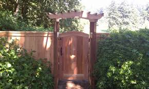 garden structures and trellises black diamond fencing