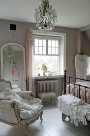 Schlafzimmer Lampen Antik Die Besten 25 Shabby Chic Kronleuchter Ideen Auf Pinterest