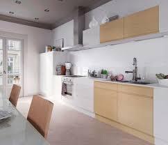 les plus belles cuisines contemporaines cuisine noir et blanc et bois
