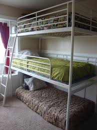 Bunk Bed Trundle Ikea Bunk Bed Omg Is That An Ikea Loft With Another Middle Bed