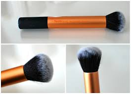 my top foundation brushes the beautiful truth