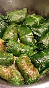 cuisiner les cotes de bettes feuilles de blettes farcies au boeuf et à la menthe le goût l