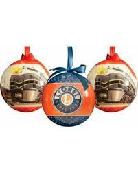 12 lionel trains 8 multi colored outdoor ornaments
