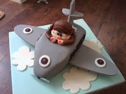 planes cake martins plane cake planes cake planes and cake creative ideas