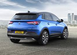 opel suv 2017 vauxhall grandland x suv review parkers