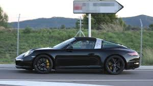 porsche targa 2016 porsche 911 targa facelift spied featuring mildly revised styling