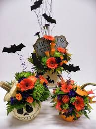 Diy Flower Centerpiece Ideas by 88 Best Halloween Flower Arrangements Images On Pinterest Flower