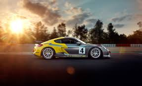 porsche cayman racing porsche announces cayman gt4 clubsport mr car and driver