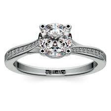 promise ring vs engagement ring promise rings vs engagement rings what s the difference