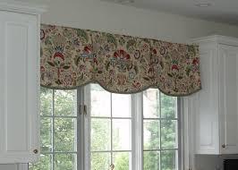 Ideas For Kitchen Windows Attractive Kitchen Valance Ideas 1000 Ideas About Kitchen Window