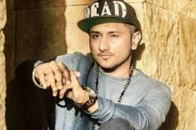 Seeking Honey Song Ngo Seeks Ban On Yo Yo Honey Singh S Songs Radioandmusic
