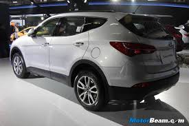 hyundai suv price in india hyundai launches 2014 santa fe in india priced from 26 3 lakhs