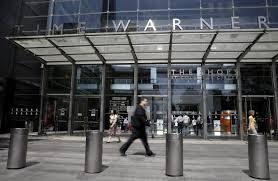time warner buys 10 stake in hulu valuing it at 5 8 billion wsj