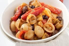 cuisiner les tomates cerises recette orecchiette pugliesi aux tomates cerises olives et